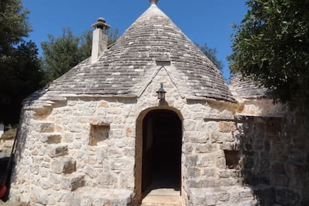 Charming trullo with pool - Casa