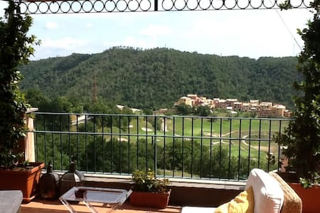 Attic & large terrace over golf  - Apartmen