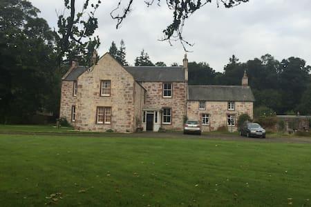 The Littleton (main house) - Casa