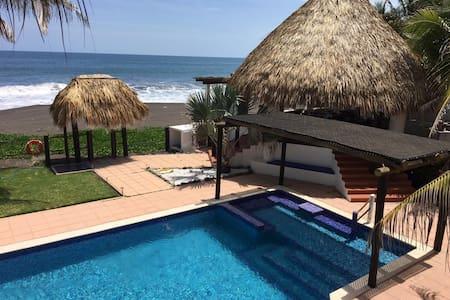 Casa en el Paraíso - Monterrico - House