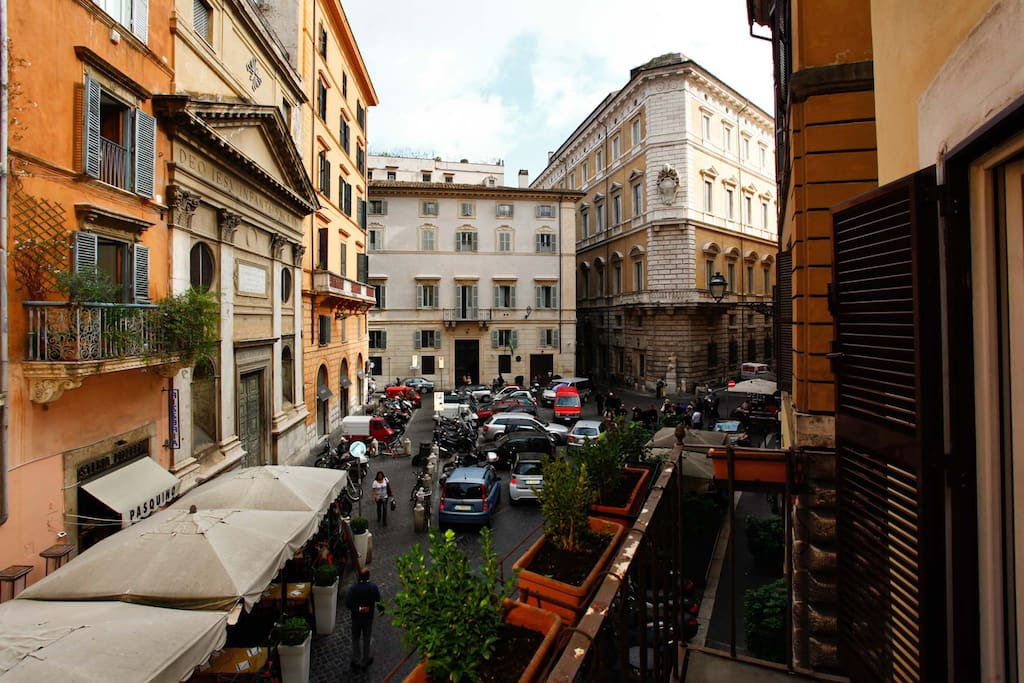 Cozy Apartment in Piazza Pasquino