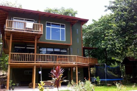 Nosara Springs 2BR/2BA big house with full comfort - Rumah