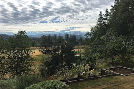 Hill House Retreat - Enumclaw - Casa
