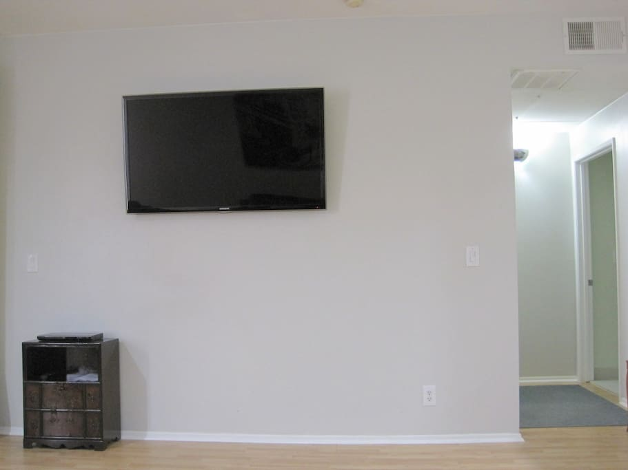 55 inch flatscreen HDTV!!  Use NETFLIX to watch free movies.