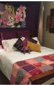 Modern bohemian 2 bedrooms 4 guests - Albion Park Rail