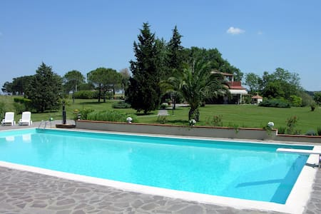Farm Apartment Maestrale  with pool - Apartment
