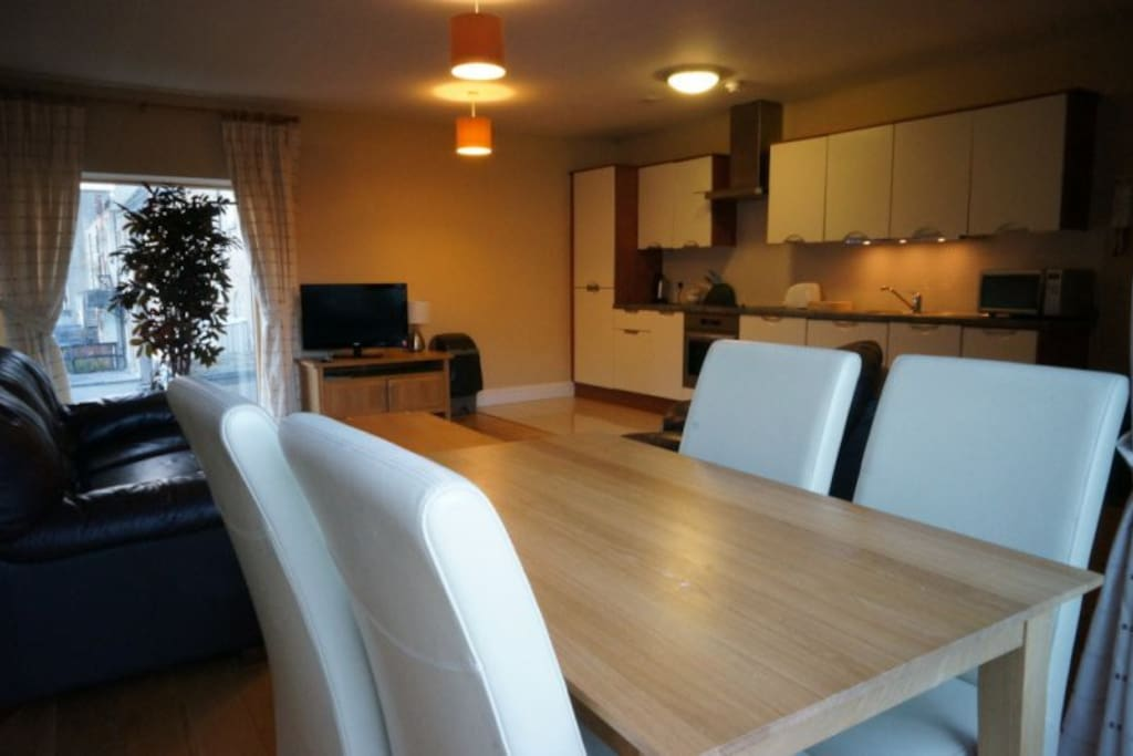BEAUTIFUL TEMPLE BAR 2 BR APT FOR 6