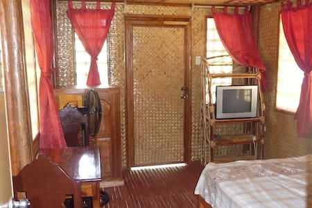 Guesthouse - Native Filipino style - Apartment