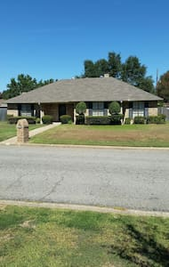 Ready October 14th  Furnished house - Sulphur Springs, Texas, US - Casa