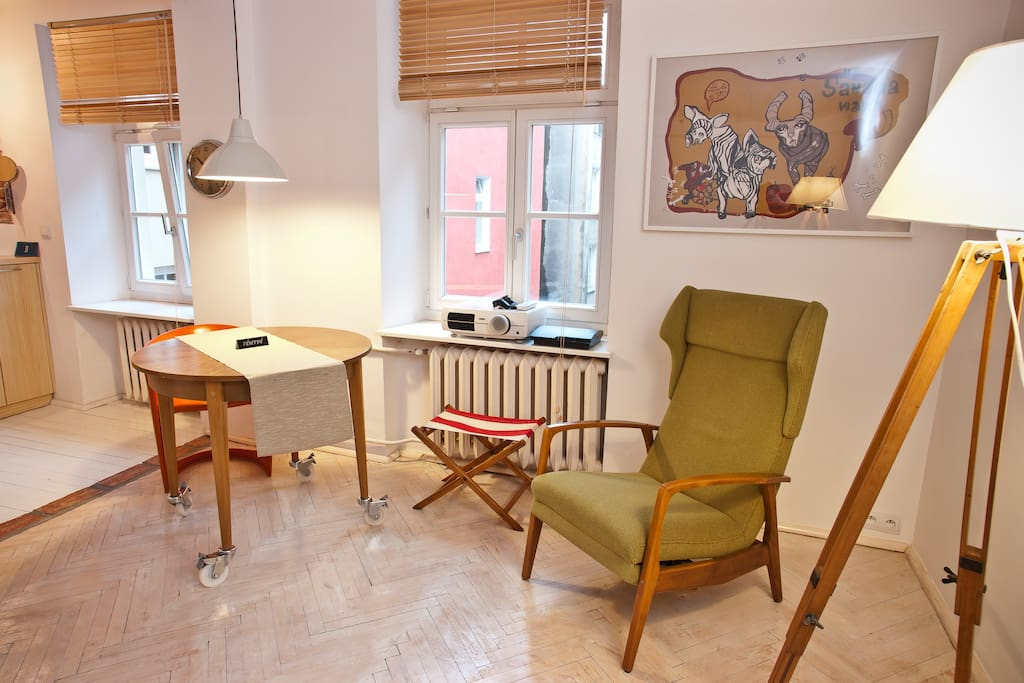 Cosy studio in a hip neighbourhood!