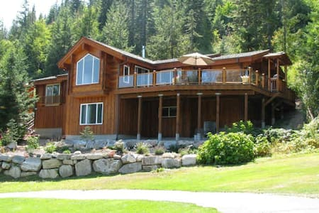 Log Cabin with Gorgeous Views! - Leavenworth - Casa