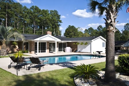 MASTERS HOME RENTAL ON GOLF COURSE - Graniteville - House