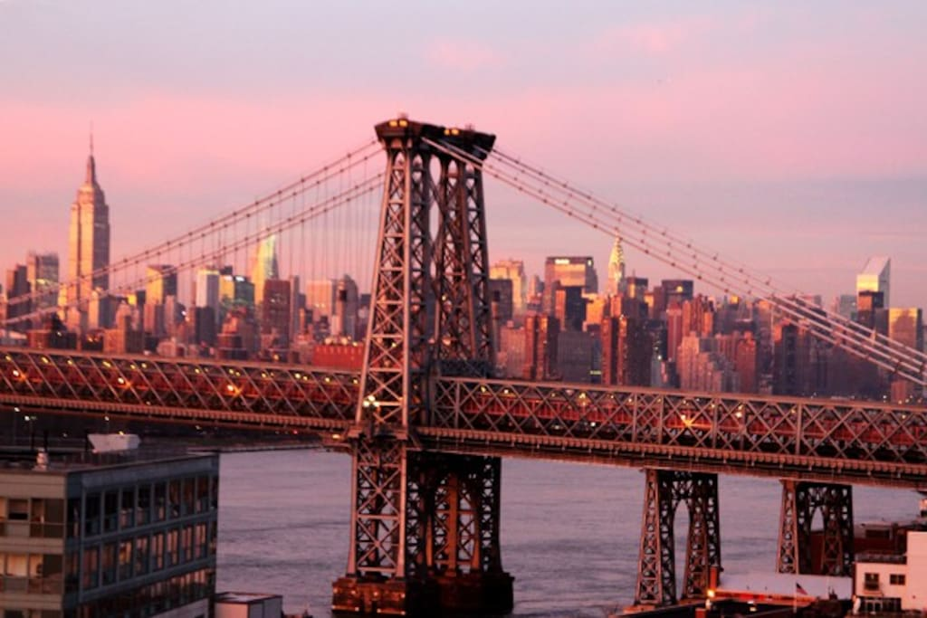 Uptown view of WIlliamsburg Bridge from roof.