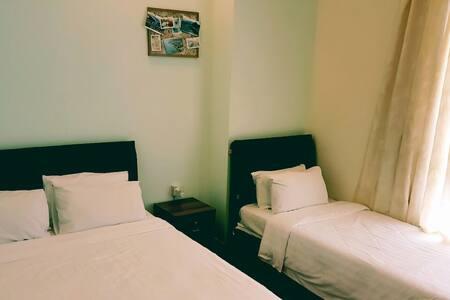 Room A + ensuite bathroom for 3ppl - Kota Kinabalu - Appartement