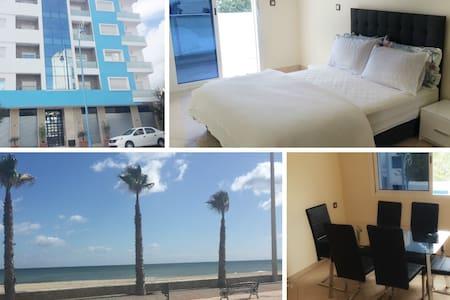 Modern 3 bedroom New apartment 5 min walk to beach - Apartamento