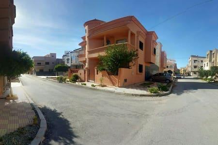 Superbe maison au cœur de Saidia - Casa de camp