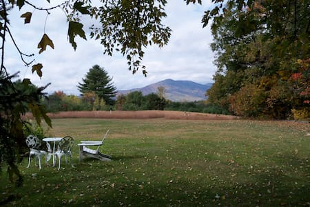 In the Heart of the White Mtns (1) - Conway - Bed & Breakfast