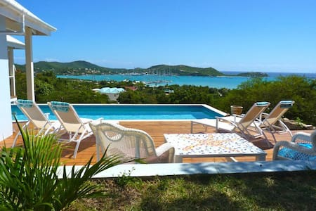 Starr House - contempory new villa - Falmouth - Huvila