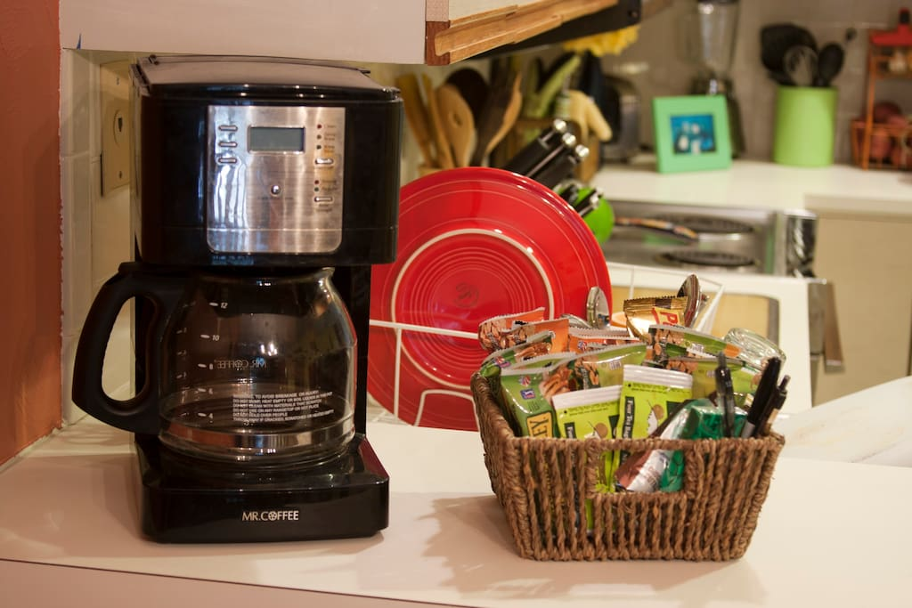 Coffee maker and complimentary snacks! Feel free to help yourself :-)