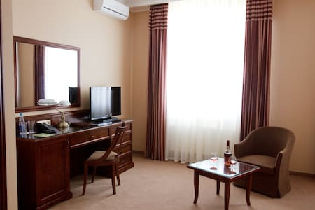 Luxury standard room. Free Wi-Fi. - Bed & Breakfast