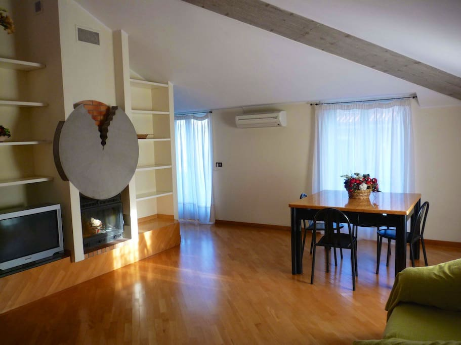 Sea apartment for rent in Pineto