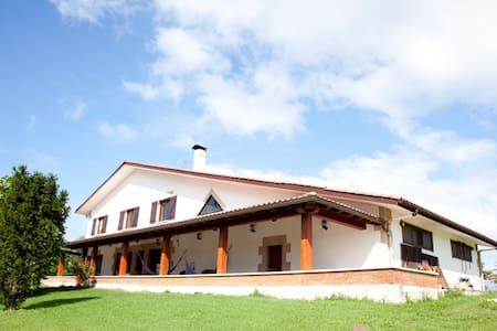 IGELDO 2013 HABITACIÓN MAR - Casa de campo