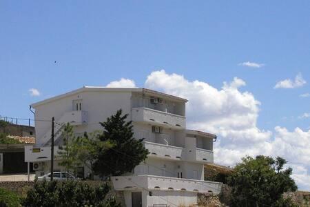 Apartments Bingula, Ap. Rucica A4 - Flat