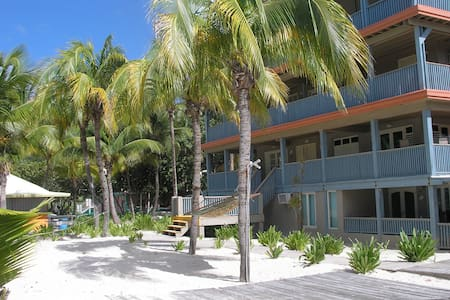 Culebra Beach Flamenco Rentals - Flamenco - Apartment
