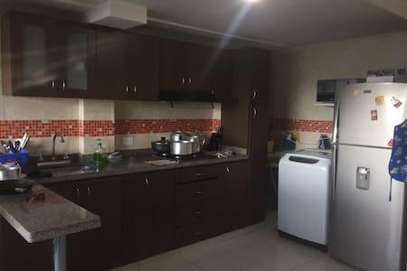 Confortables habitaciones de apto en Bogotá - Bogotá