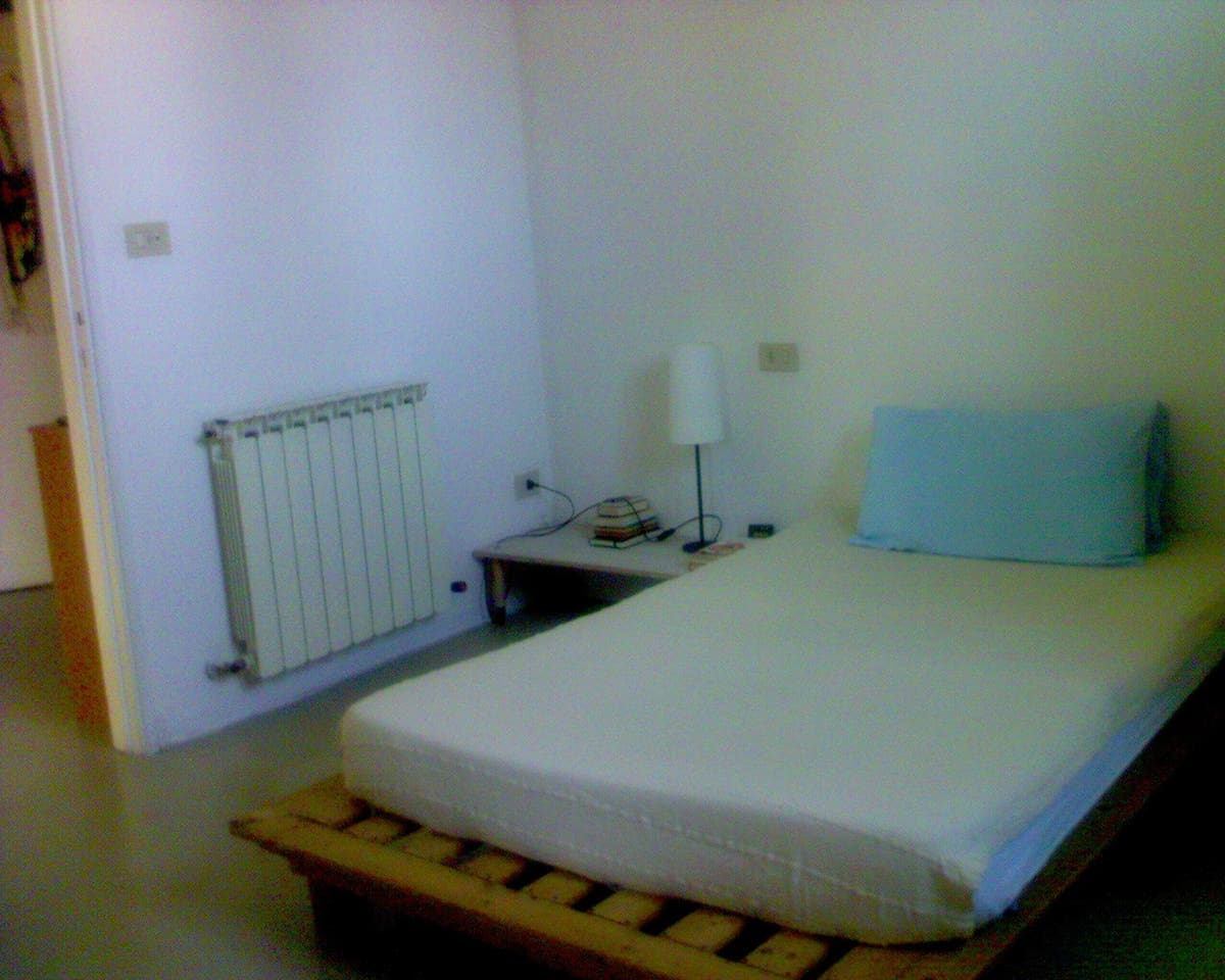 Rent rooms