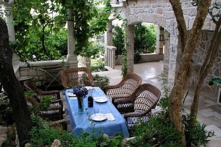 Island Brac-Splitska-Croatia - Wohnung