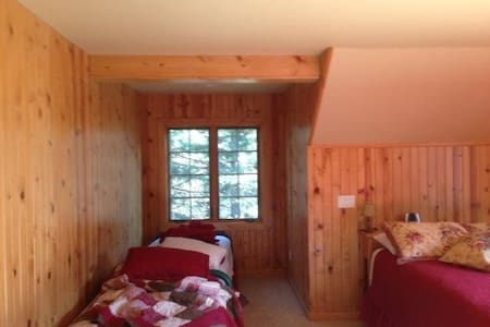 Lakeside Cabin - Donnelly - Stuga