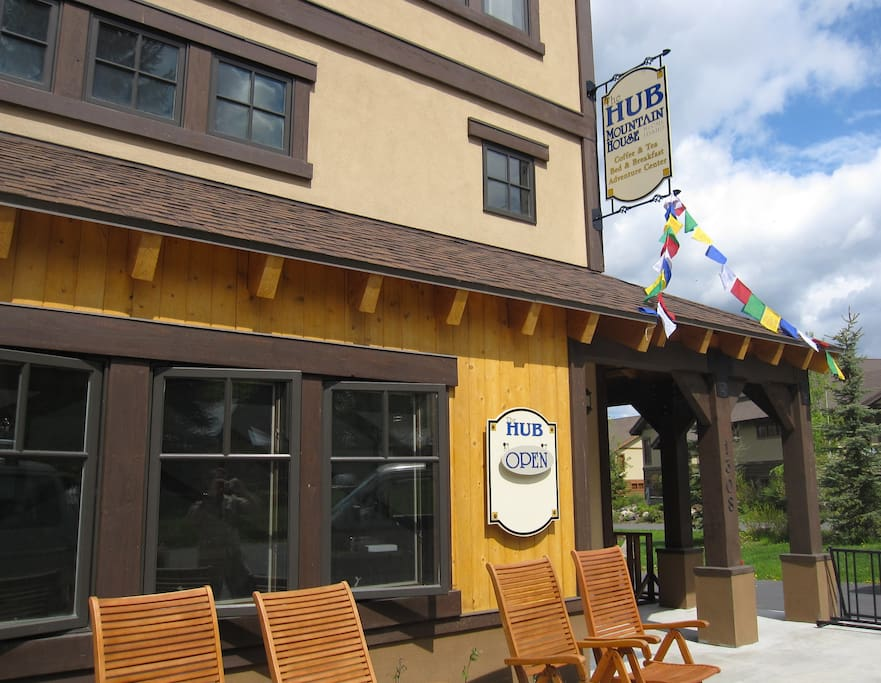 The HUB Mountain House in downtown McCall, Idaho 2 blocks from Payette Lake