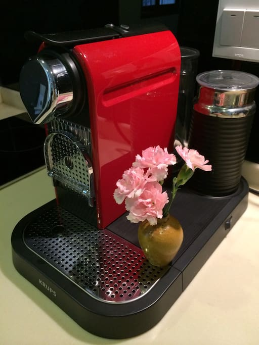 Nespresso coffee maker 胶囊咖啡免费提供