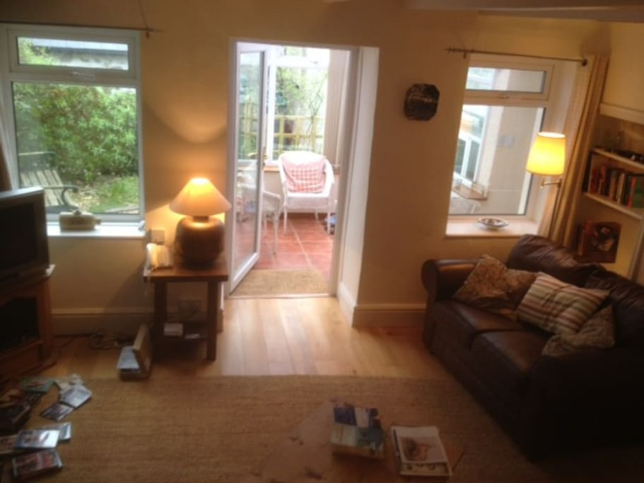 Sitting room and conservatory-porch