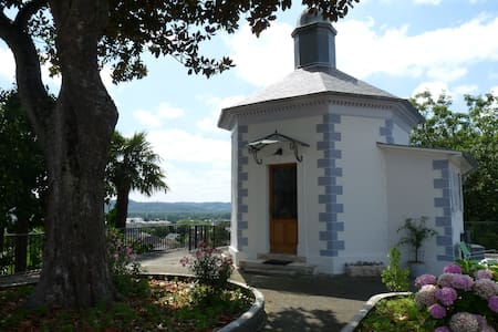 Gloriette de charme coeur historique Lescar - Pau - Hus