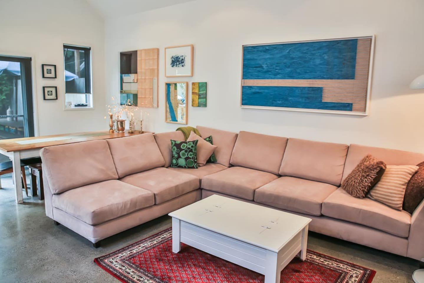 Bright, modern house in Annandale