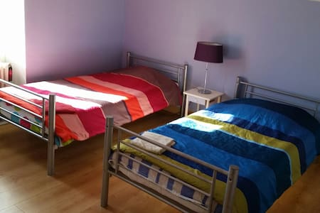 1 chambres d 2pers pour etudiantes - Trélazé