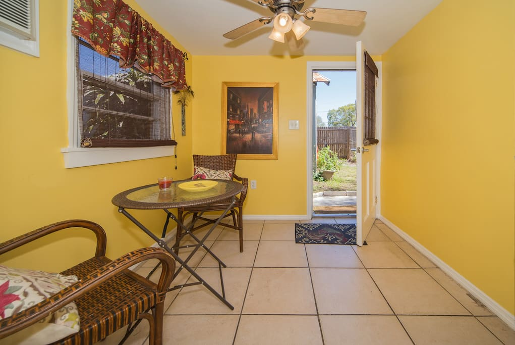 The Hideout Clearwater Dunedin Apartments For Rent In Clearwater
