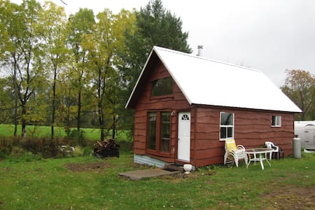 Private Cabin on Certified Organic Farm - Pulaski - Cabaña