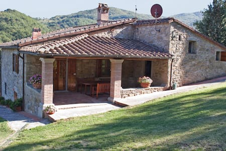 Under the Tuscan Sun (Poppi, Casentino) - Appartement
