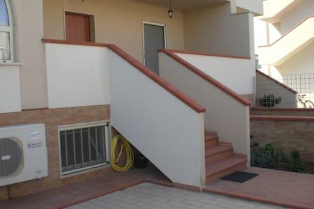 Bright and modern two stories villa - Villa