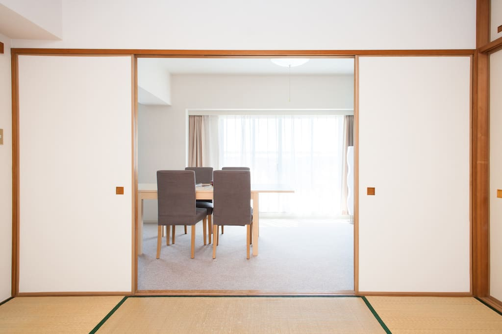 Over10Square meter Private Tatami room(The door can close)