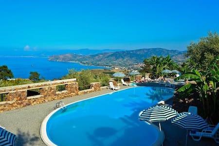 holidays in Sicily - Gioiosa Marea
