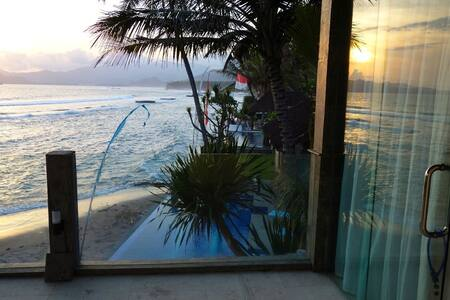 Oceanfront Villa - Candidasa, Bali. - Manggis - Villa