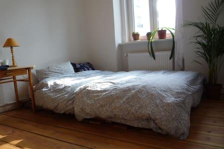 cosy doubleroom @ artisty Neukölln