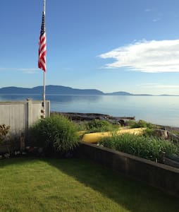 Waterfront Estate at Sandy Point with Kayaks & BBQ - Ferndale - Casa