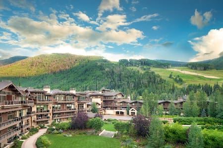Spacious One Bedroom Condominium - Vail - Condominium