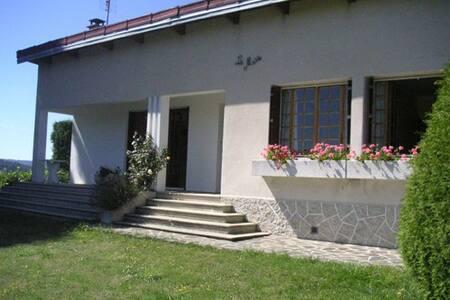 Maison 6 pers au coeur de la Lozère - Langogne - House