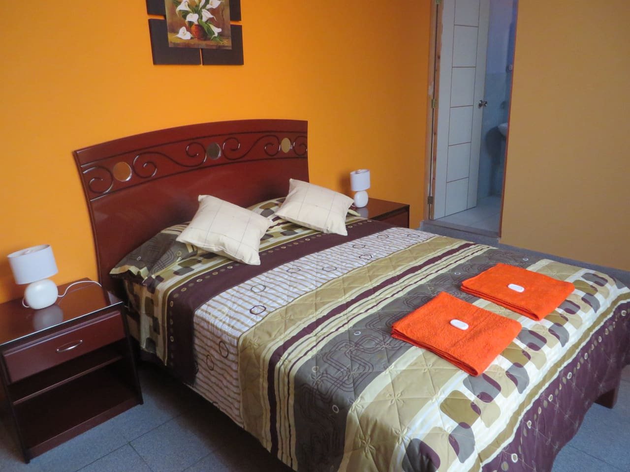 Double Room to just 5 minutes from Lima airport.
